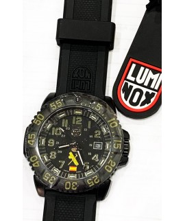 Reloj Luminox Special Edition Guardia Civil XS3064GC 44mm